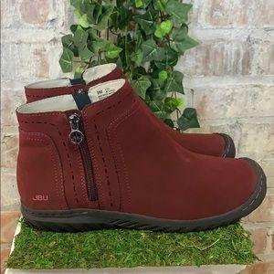 PRE OWNED JBU by Jambu Juno Womens Shoe Red
